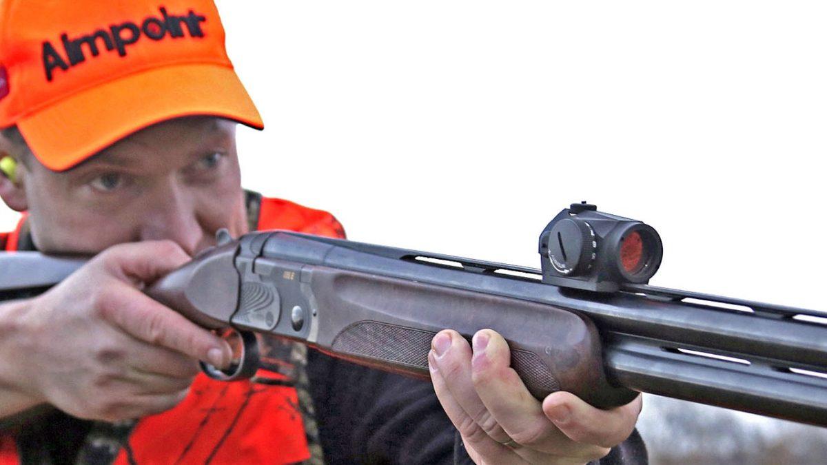 ČUDO AIMPOINTA  : Crvenom točkom u lov na sitnu pernatu divljač i veprove